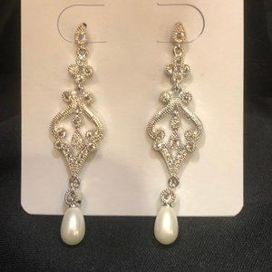 Silver Tiered Earring with Jewels and Pearl